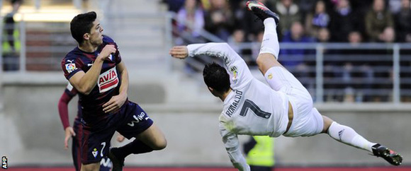 cr7-chilena-vs-eibar-foto-afp