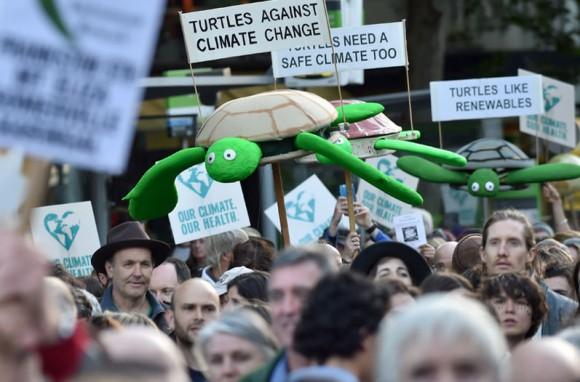 melbourne-australia-manifestarse-planearon-foto-afp-580x382